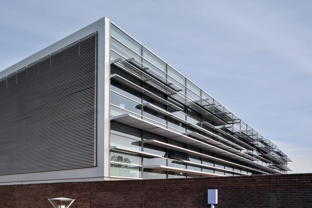 Shading systems on glass façade