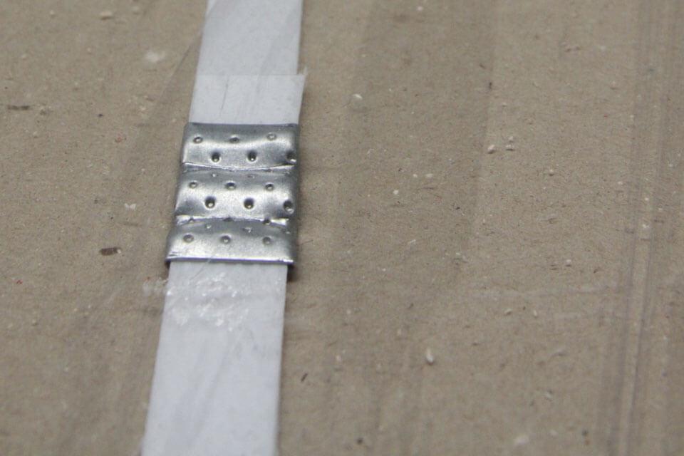 Plastic-strap-material