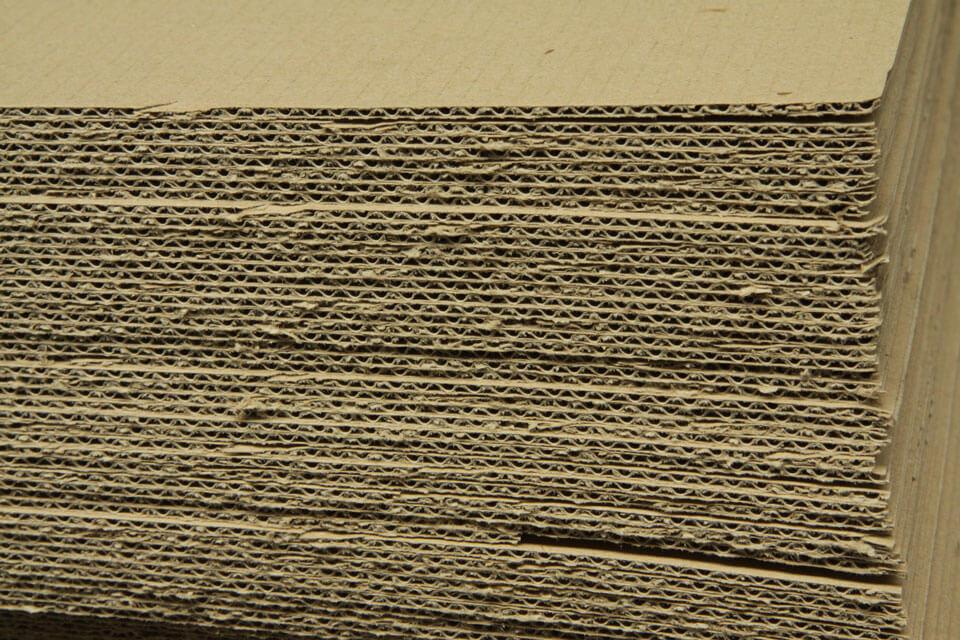 xartoni-gia-xartopaletes-material